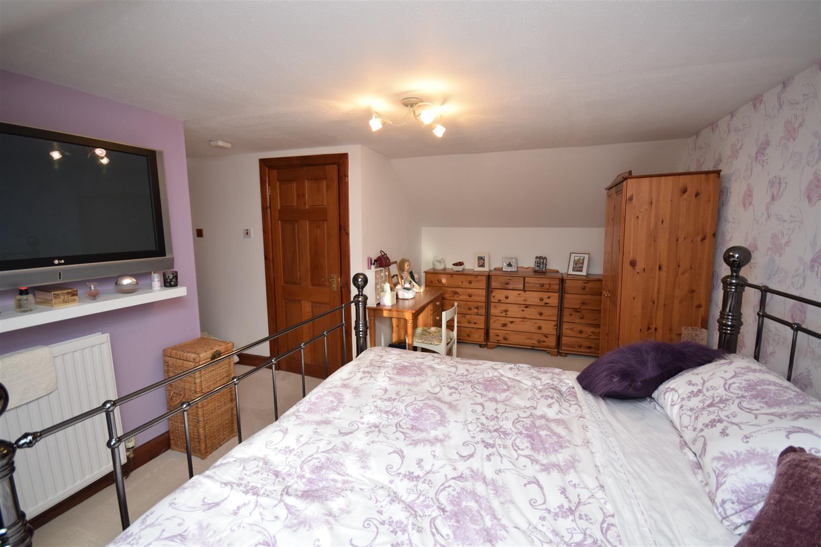 Burnside Cottage, Hatton Road, Rattray, Blairgowrie, Perthshire, PH10 7HZ, UK